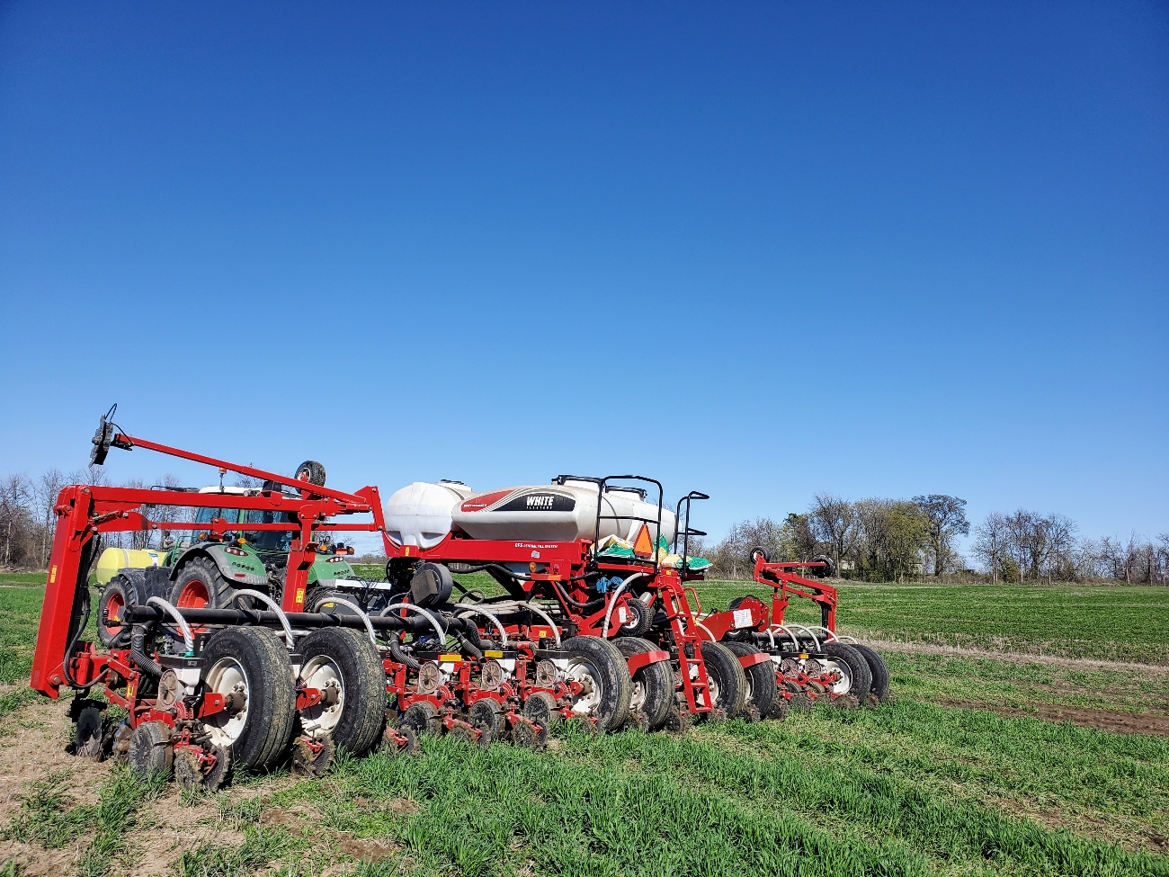 Planting cornsilage April 26th in standing rye